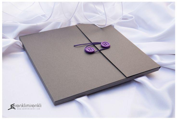 Şık davetinizin rengi mor...Özel tasarım kutu zarf...Davetiye kodu Kd06a