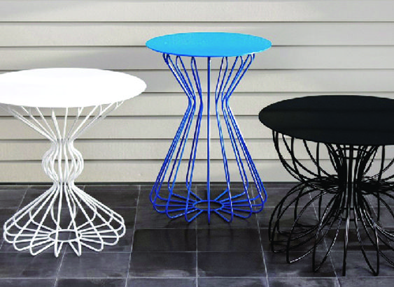 Ribbon indoor/outdoor tables