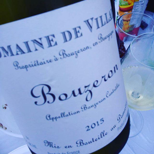 """Ça promet de belle émotion aux amateurs #bouzeron #aligoté """"juste un mots"""" !!!! Perfection  #tchin #bourgogne #chalonnai..."""