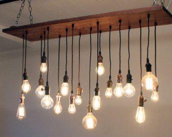 Régénéré lustre en bois Grange avec différentes ampoules Edison