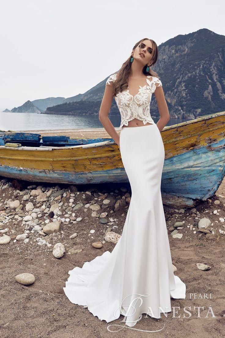 Pearl (Rendelhető) Kölcsönzési ára: 145.000,- Ft  https://www.europaszalon.hu/lanesta-exkluziv-menyasszonyi-ruhak-buda