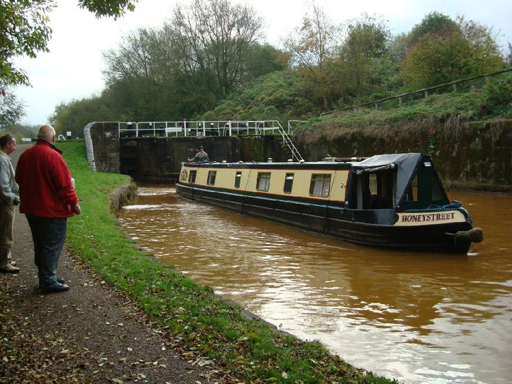 Longboat/Narrowboat Canal. Kidsgrove, Stoke on Trent, England.
