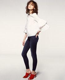 Camisa de mujer Sfera con mangas larga y volantes