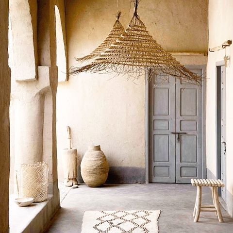 BLOGPOST | The creative couple behind Couleur Locale recently went to Morocco where they found a beautiful home which they decorated for the occasion with their new founds. link in profile #interior #natural #ethnic #home #decor #homedecor #baskets #rugs #furniture #couleurlocale photo by Jantje Jelmaat