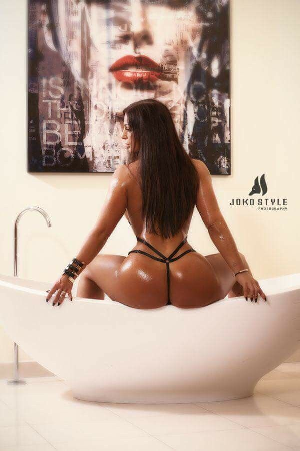 from Emmanuel free sexy naked booty porn