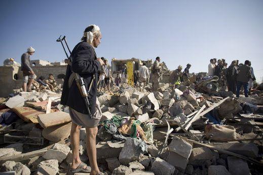 YEMEN - ARABIA SAUDITA Yemen, raid saudita colpisce un mercato: 41 civili uccisi, 35 feriti asianews.it