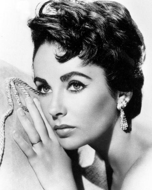 Elizabeth Taylor - one Cool Beauty