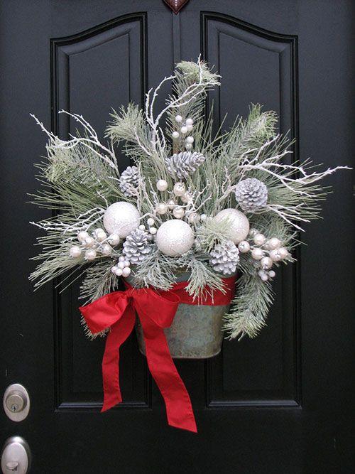Ghirlande Natale 2014: fuori porta decorativi fai da te FOTO