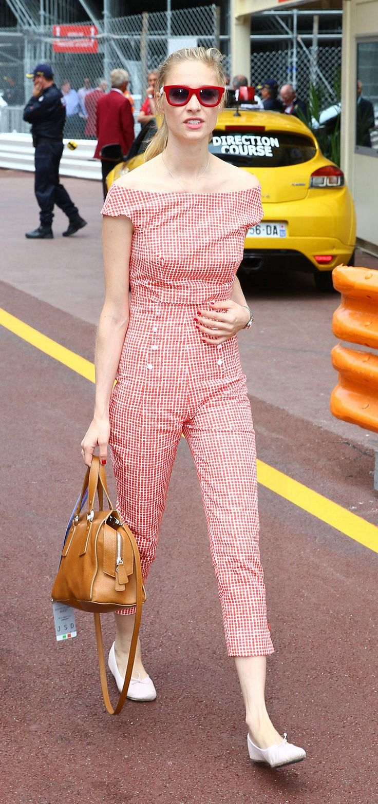 More amazing style from Beatrice Borromeo you probably haven't seen yet - click for 7 super outfits