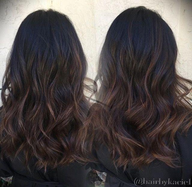 Black hair brown baylage                                                                                                                                                                                 Más