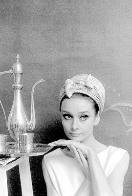 Audrey Hepburn: Favorite Things, Fashion Icons, Audrey Celebrity, Classic Things, Beautiful Women, Audrey Hepburn, Style Icons, Audreyhepburn, Pretty People