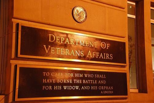 Need help applying for #Veterans #health #insurance? Check out this step-by-step guide.