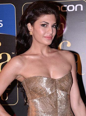 Jacqueline Fernandez completes four year journey in Bollywood! - http://www.bolegaindia.com/gossips/Jacqueline_Fernandez_completes_four_year_journey_in_Bollywood-gid-36353-gc-6.html