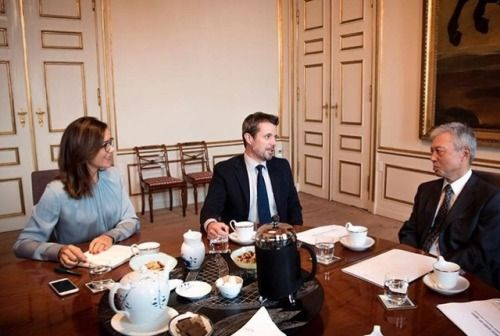 Crown Prince Frederik and Crown Princess Mary met with Tostito Suzuki, Japan's ambassador to Denmark, to finalize the Crown Princely couple's agenda during their upcoming five-day visit to Japan on October 1, 2017.  Photo by the Royal Palace