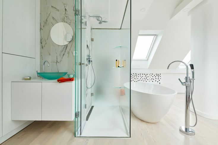 red-yellow-bad-idea-shower-detached-bathtub-marble-accent wall