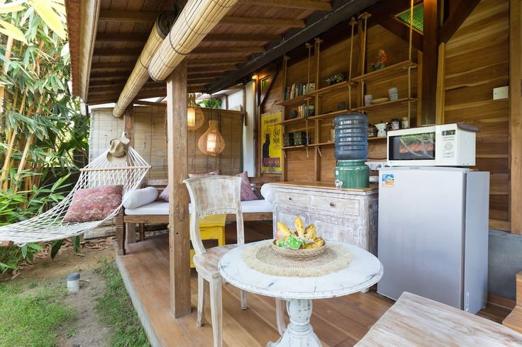 your privat Little Terrasse with kitchenet . Frigde, mircowave, watercooker, drinking water´, blender, toaster...