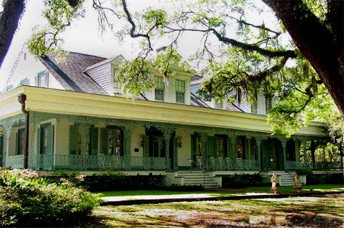 The Myrtles Plantation - St. Francisville, Louisiana - Built in 1796 by General David Bradford, this stately old home on Myrtles Plantation is said to be haunted be several restless ghosts.