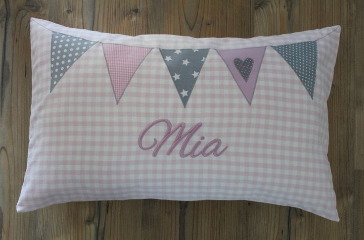 Namenskissen mit Wimpelkette 35 X 55 cm rosa/grau von Lieblingsstücke auf DaWanda.com