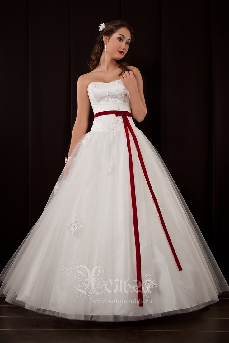 Цвет страсти и любви для свадьбы