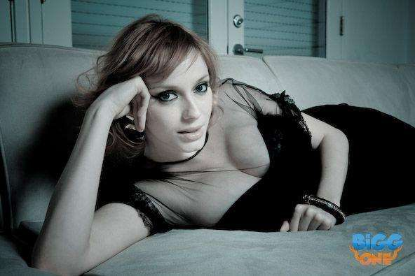 Christina Hendricks Thinks the Couch Looks Great On the Porch Person