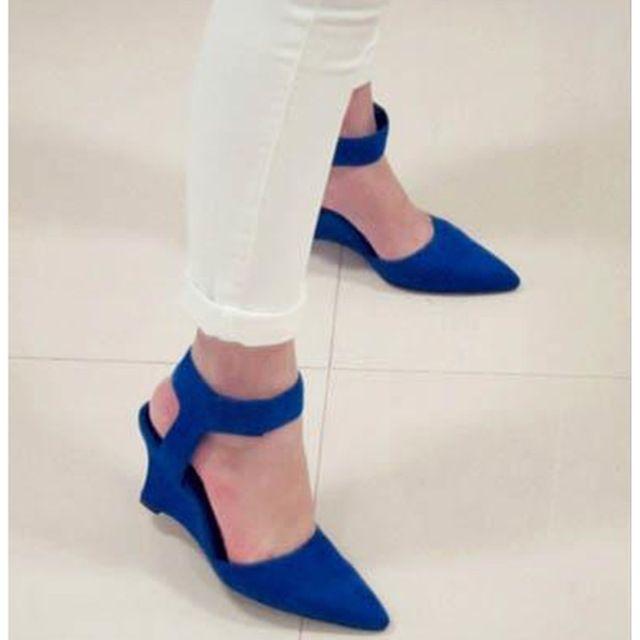 2016 Cuñas de Las Mujeres de Moda Marca Botines de Punta En Punta Bombas Sexy Sandalia Tacones Altos Negro Azul Naranja Blanco Mujeres Zapatos de Verano # WYL106