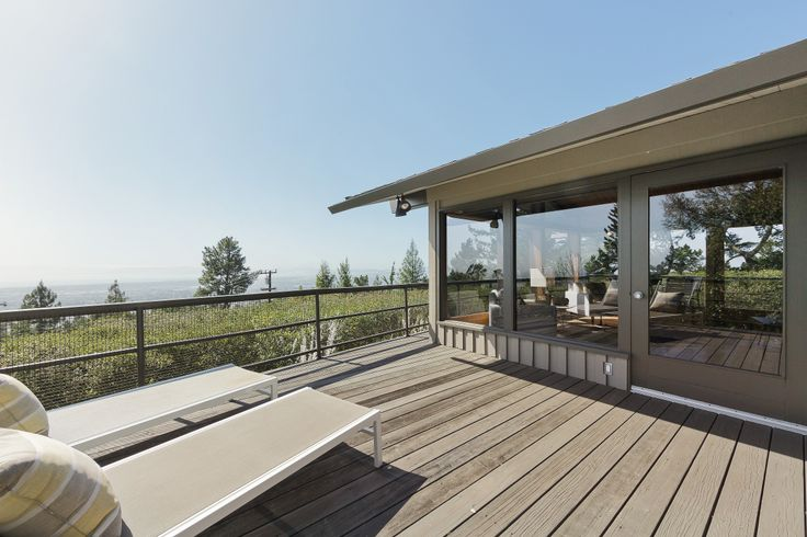 Fabulous, private decks, with outrageous views!  The perfect way to enjoy a glass of wine at the end of the day - or your cup of coffee in the morning.