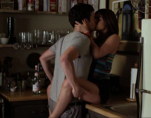 Aria And Ezra Season 3   ... similarities between the PLL Season 1 premiere and the Season 3 one