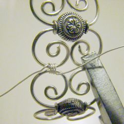Wire bracelet  tute from Kreativ vagyok. Detailed pictures but Translate for details.  #Wire #Jewelry #Tutorials