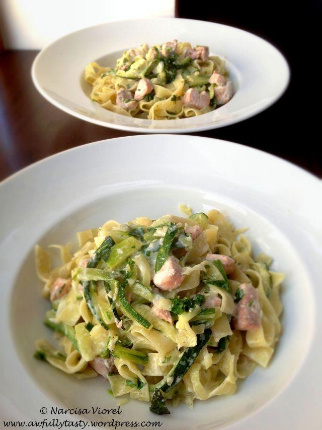 Tagliatelle with salmon and zucchini. So damn good! Tagliatelle cu somon si dovlecel