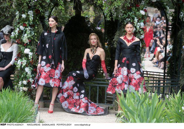 Η παραμυθένια επίδειξη μόδας του Βασίλη Ζούλια στον Εθνικό Κήπο  thetoc.gr