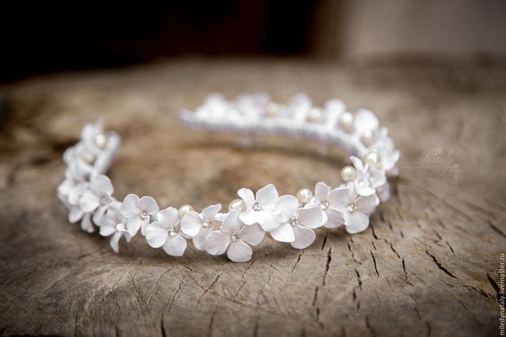 Купить Белоснежный цветочный ободок. Свадебный. - белый, полимерная глина deco, ободок, цветочный ободок