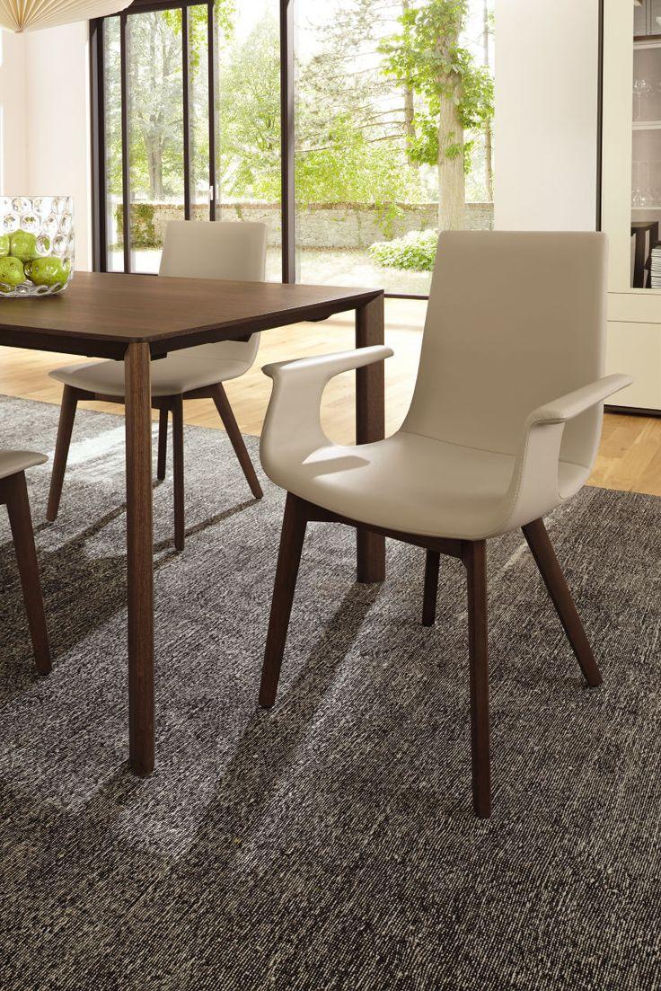 #creme #diningroom #chairs #madebyhuelsta #hulsta