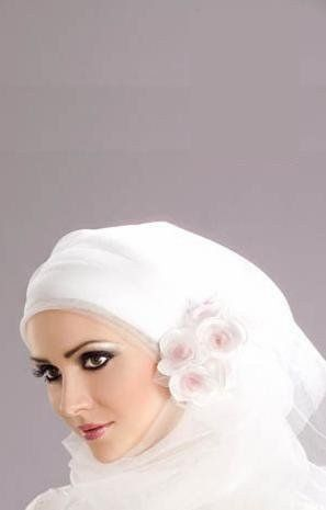 How to Look Pretty and Cool Wearing a Muslim Headscarf via www.wikiHow.com...I'll need to know this for the Muslim Ceremony.