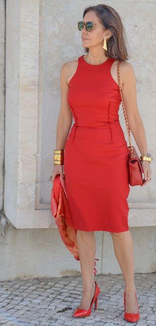 El capricho de Marquez@: Vestido rojo, o la historia de una equivocación