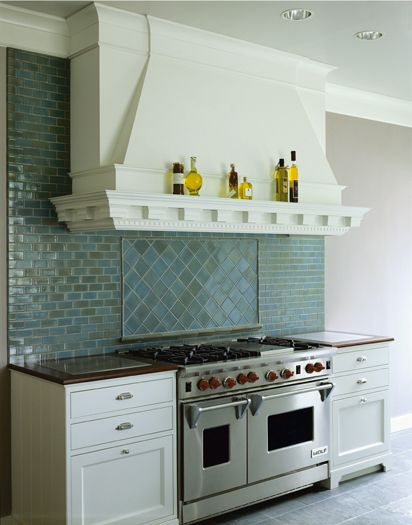 This Kitchen Boasts A Beautiful Handmade Ann Sacks Collection Backsplash Giving New E An Authentic Traditional Eal Tile Stone
