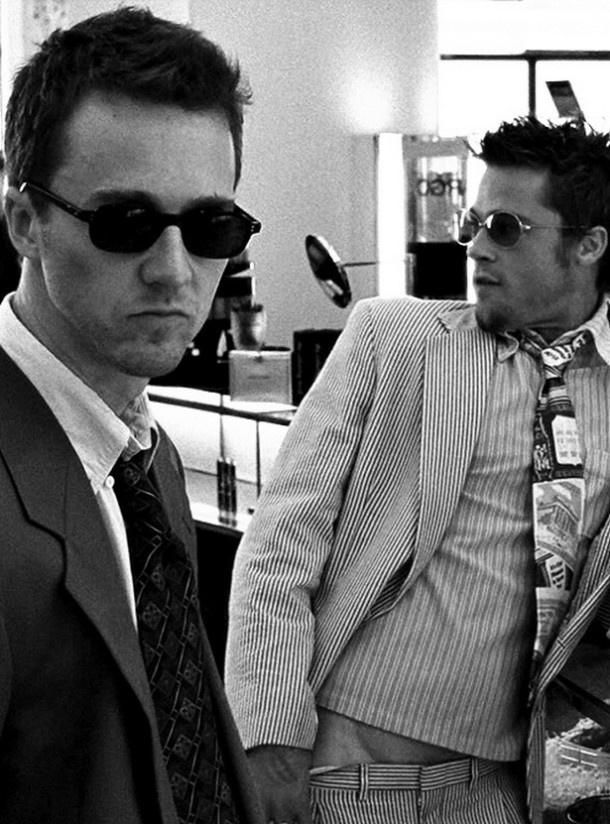 Edward Norton and Brad Pitt (Fight Club)   Hangin' out ...