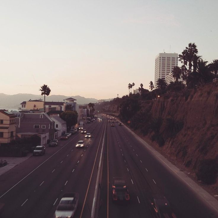 #tbt to a #highway1 Santa Monica shot taken just up from a similar shot that's currently being used on the Office 365 login screen. Well who'd thought it