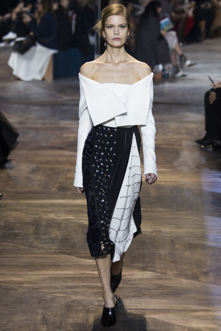 Christian Dior Spring 2016 Couture Fashion Show black and white, lots of texture, off the shoulder