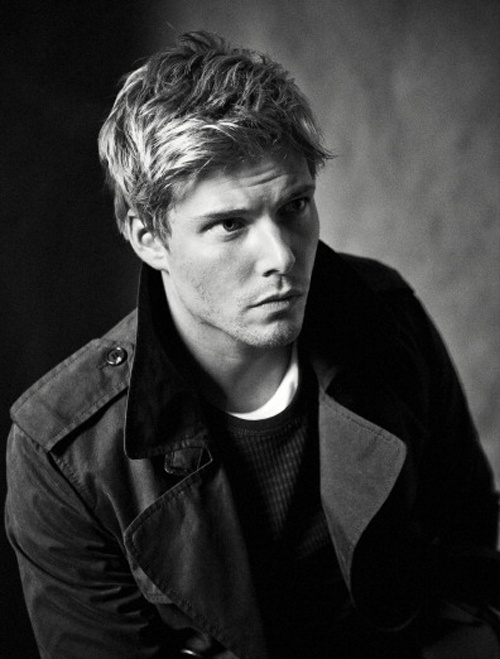 faceclaim: hunter parrish