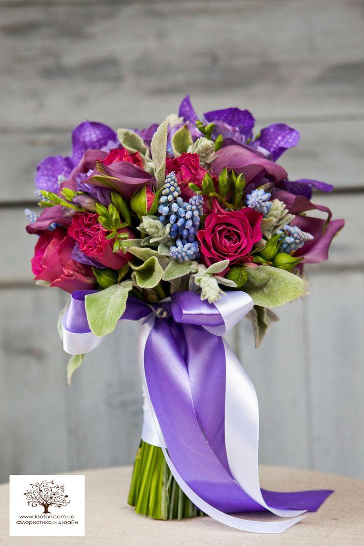 Букет невесты.Свадьба фиолетового цвета. Мускари, орхидея Ванда.