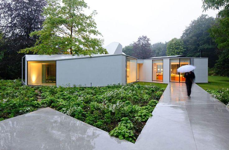 Villa 4.0 / Dick van Gameren architecten/ Michael van Gessel Landscape