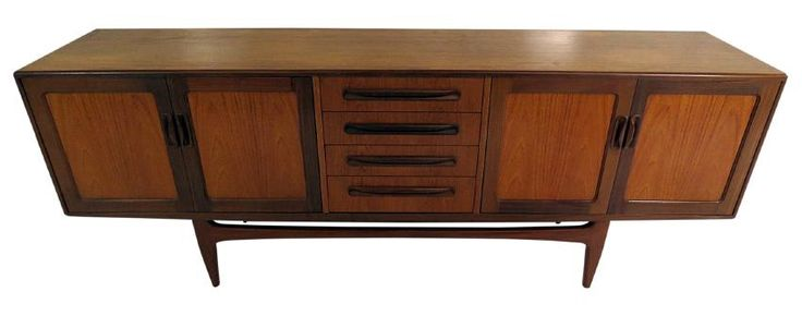 I just discovered this DANISH TEAK SIDEBOARD on LiveAuctioneers and wanted to share it with you: www.liveauctioneers.com/item/58092330