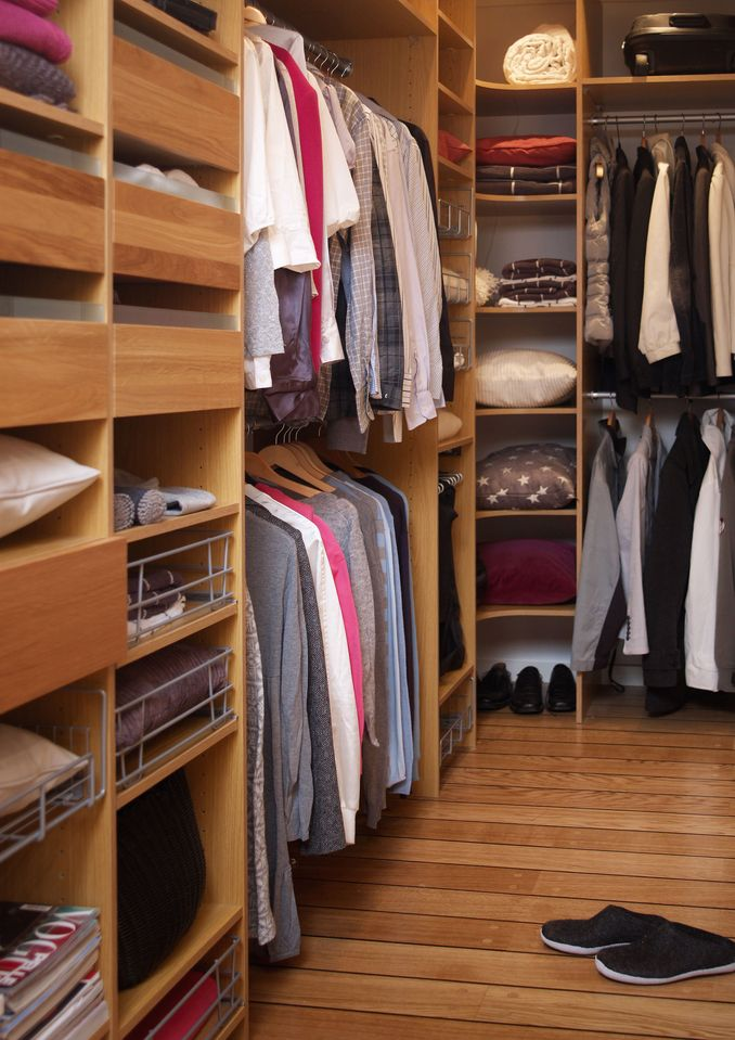 Wardrobe, Langlo AS