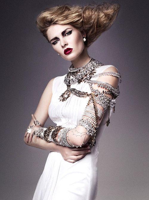 she-loves-fashion:  SHE LOVES FASHION: DIVAstation by Marta Macha for Design Scene December 2013. She looks so #glam