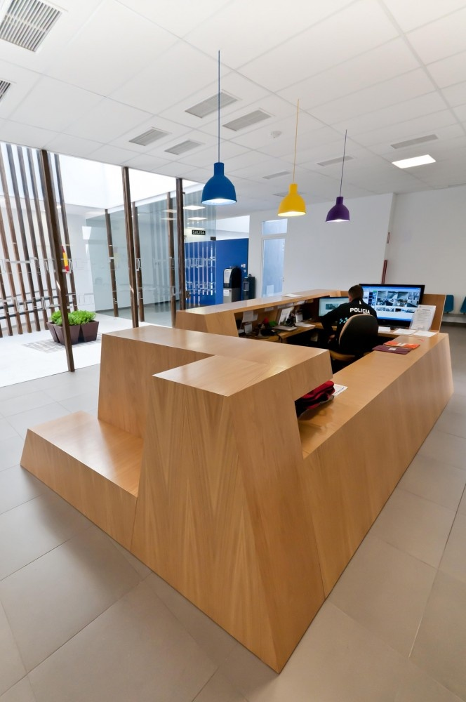 39 best police stations images on pinterest police for 9 x 12 office design