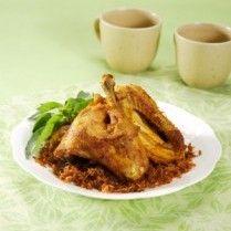 AYAM GORENG LENGKUAS ala Sajian Sedap (ayam goreng laos / Fried Chicken w/ Shrededd Young Galangal)