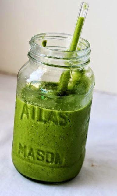 Green smoothie il frullato verde che sazia pi a lungo for Cucinare juicer