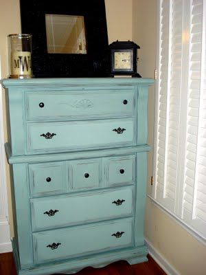 Use chalk paint (this one is Duck Egg Blue by Annie Sloan) to rejuvenate an old piece of furniture...no sanding, no priming, only one coat needed.: Painting Furniture, Old Dressers, Dressers Makeovers,  Commode, Annie Sloan, Ducks Eggs Blue, Refurbished Dressers, Painting Dressers, Chest Of Drawers