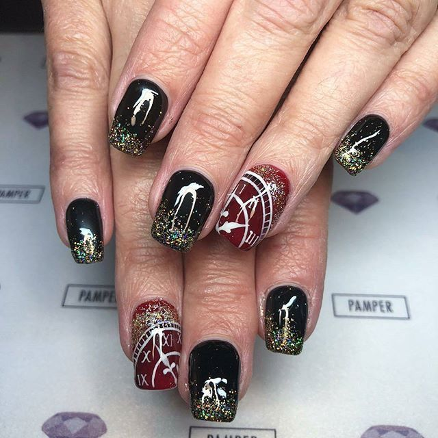 Bright Colors For New Year Nails 2019 Clock Design New Year S Nails Acrylic Nails Coffin New Years Nail Designs