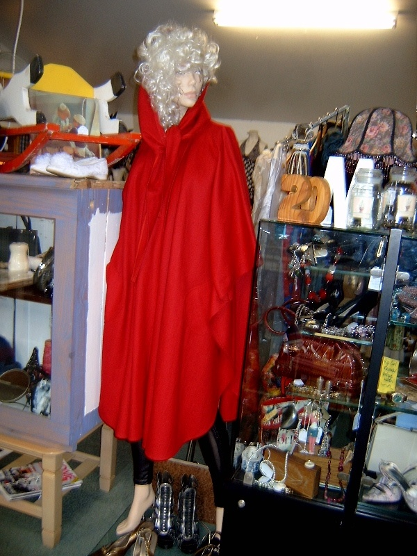 Great Coat, Cape with Hood or Large collar. Multi- Purpose!!